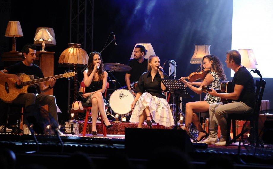 Kuşadası Sertab'a Doymadı, Konser Yirmi Dakika Uzadı