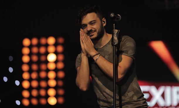 İlyas Yalçıntaş İran'da Konser Veren İlk Türk Sanatçısı Oldu!