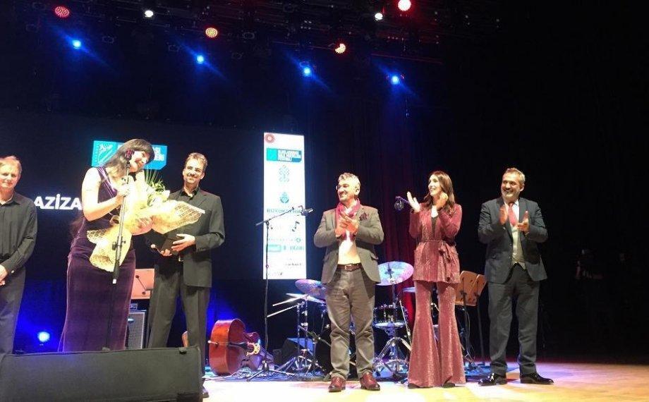 İstanbul Uluslararası Halk Müzikleri Festivali Aziza Mustafa Zadeh ile Açıldı!
