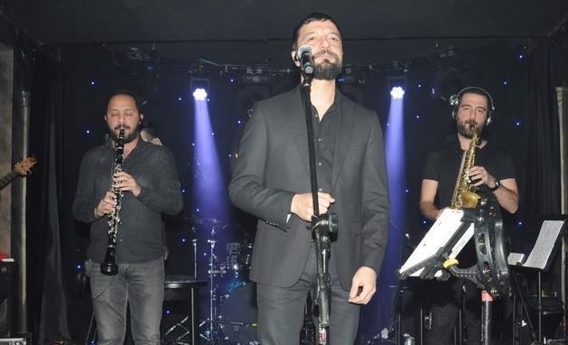 Mehmet Erdem'den Müzik Ziyafeti!