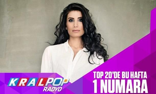 İrem Derici Kral POP  Radyo Top 20 Listesi'nde 1 Numara!