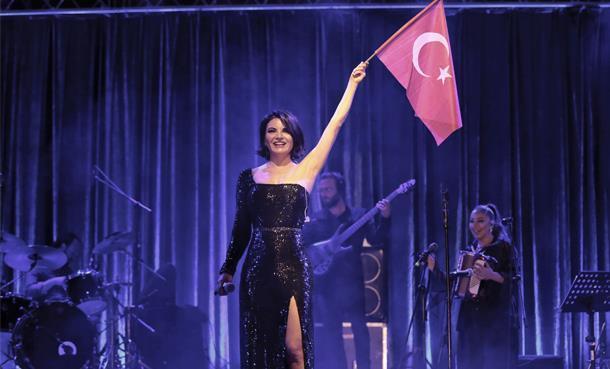 Bursa 19 Mayıs'ı Göksel Şarkıları İle Kutladı!