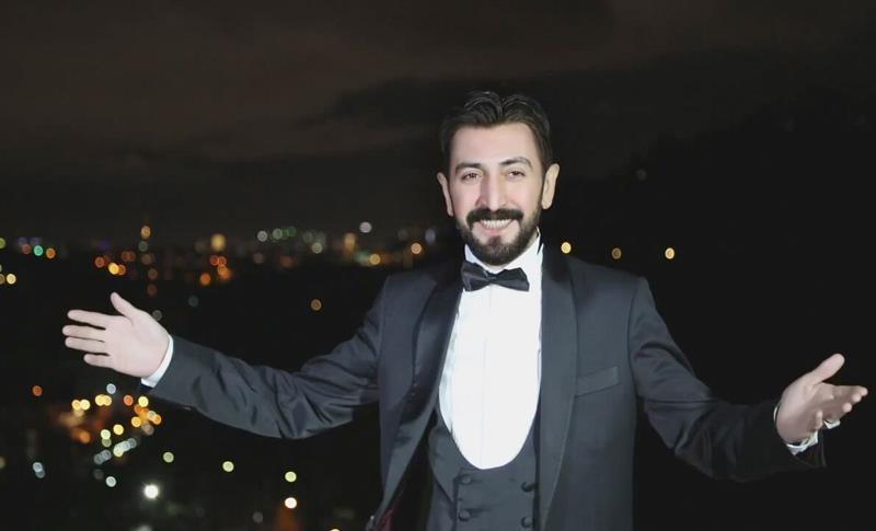 Galatasaraylı Ferman Toprak'tan Şampiyon Beşiktaşlılara Hediye!