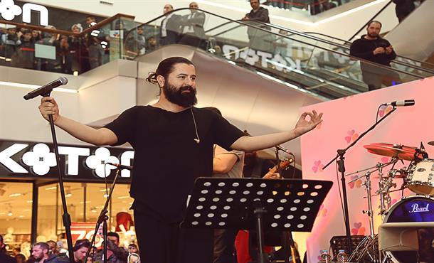 Koray Avcı Ümraniye'de Konser Verdi!