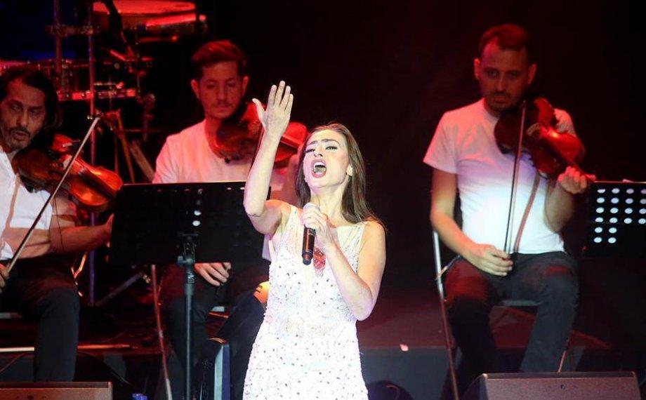 Harbiye'de Yıldız İzdihamı!